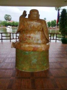 Buddha controls traffic on the lake